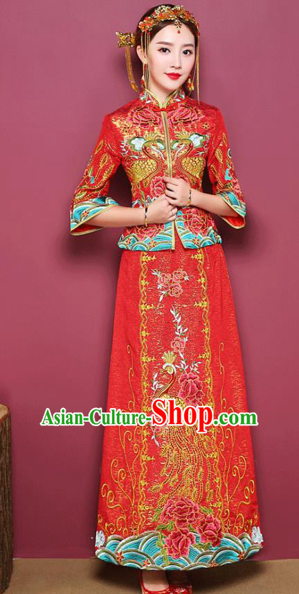 Chinese Ancient Wedding Costume Bride Toast Clothing, China Traditional Delicate Embroidered Peony Red Dress Xiuhe Suits for Women