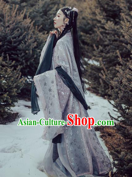 Chinese Traditional Ancient Costume Jin Dynasty Princess Embroidered Wide Sleeve Cardigan for Women
