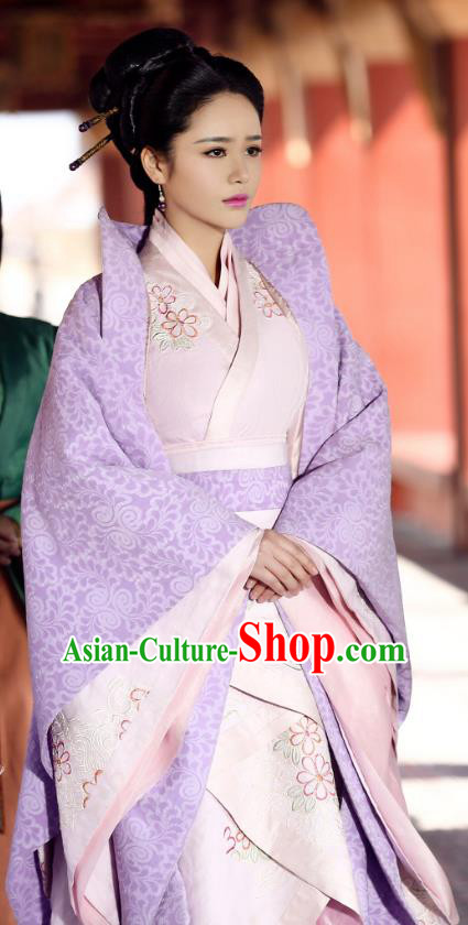 Traditional Chinese Ancient Warring States Time Princess Embroidered Historical Costume for Women