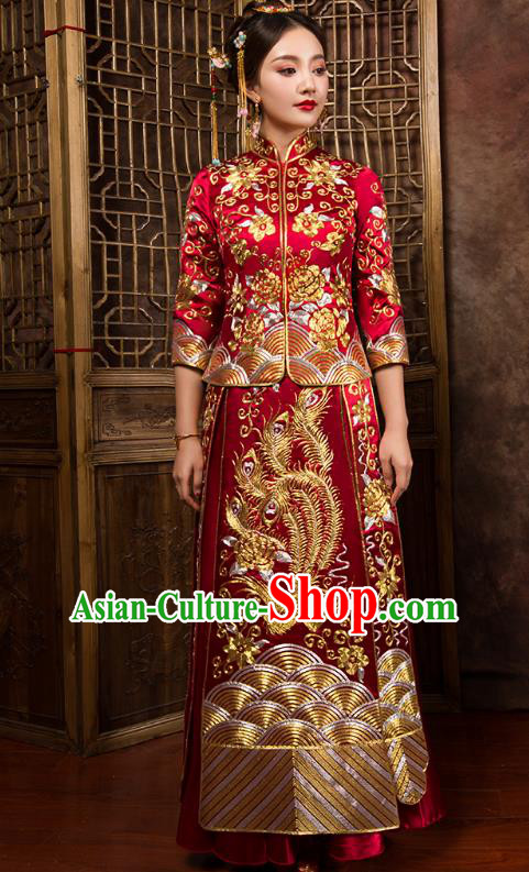 Chinese Traditional Wedding Dress Ancient Bride Embroidered Phoenix Red Xiuhe Suit for Women