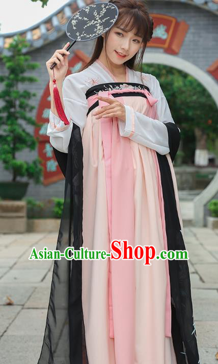 Chinese Ancient Tang Dynasty Princess Embroidered Hanfu Clothing for Women