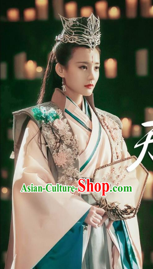 Chinese Ancient Queen Costume Traditional Swordswoman Hanfu Dress for Women