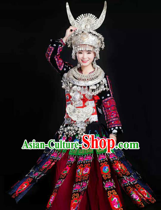 Traditional Chinese Miao Minority Wedding Embroidered Costumes and Headpiece for Women