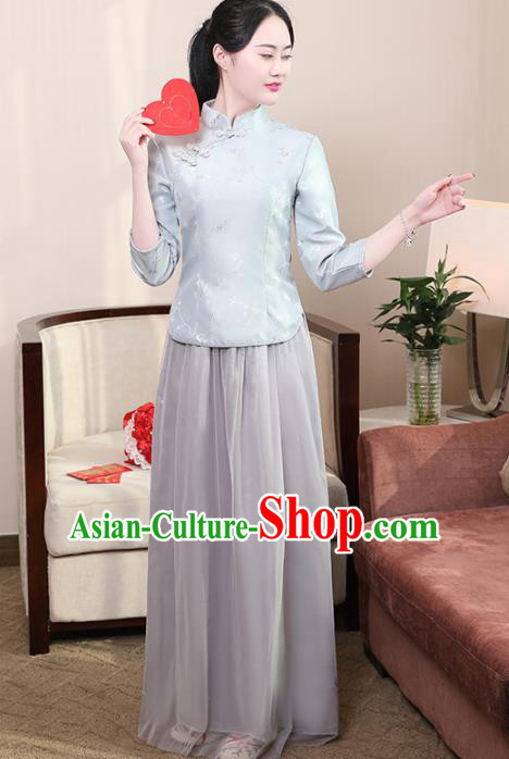 Chinese Ancient Bridesmaid Costumes Traditional Embroidered Grey Qipao Blouse and Skirt for Women