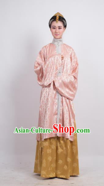 Traditional Chinese Ming Dynasty Dowager Costume Ancient Pink Long Blouse for Women