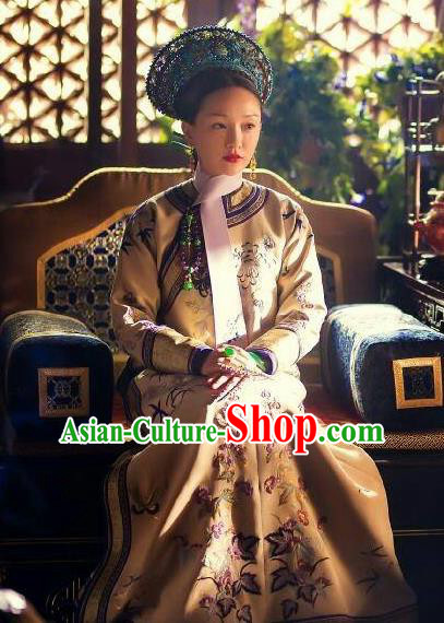 Ruyi Royal Love in the Palace Ancient Chinese Qing Dynasty Empress Embroidered Costumes and Headpiece Complete Set
