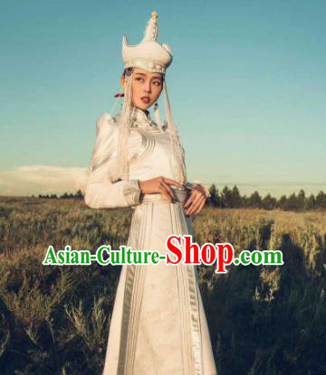 Traditional Chinese Mongol Nationality Wedding Costumes Female Folk Dance Ethnic White Mongols Robe for Women