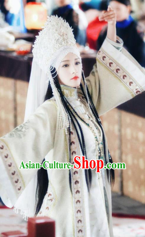 Chinese Ancient Drama Ruyi Royal Love in the Palace Minority Imperial Concubine Embroidered Costumes and Headpiece for Women