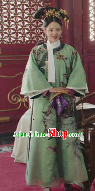 Chinese Ancient Qing Dynasty Manchu Imperial Concubine Ruyi Royal Love in the Palace Embroidered Costumes and Headpiece for Women