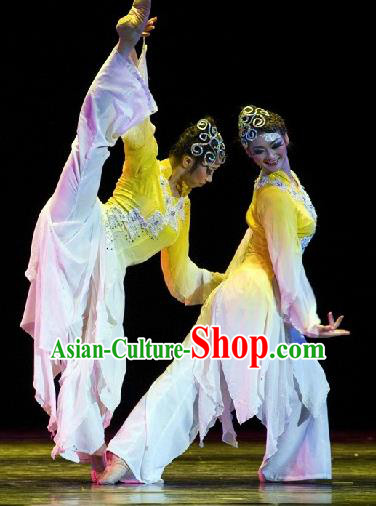 Chinese Traditional Classical Dance Group Dance Costumes Stage Performance Yellow Dress for Women