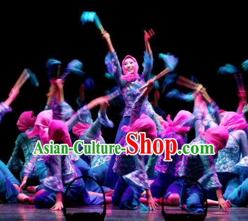 Chinese Traditional Folk Dance Group Dance Costumes Yangko Dance Stage Performance Dress for Women