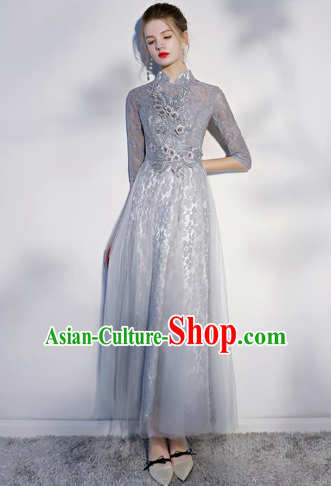 Chinese Traditional Bride Embroidered Slim Cheongsam Ancient Handmade Grey Veil Wedding Dress for Women