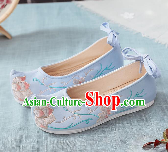 Traditional Chinese Wedding Shoes Opera Shoes Ancient Princess Shoes Hanfu Shoes Blue Embroidered Shoes for Women