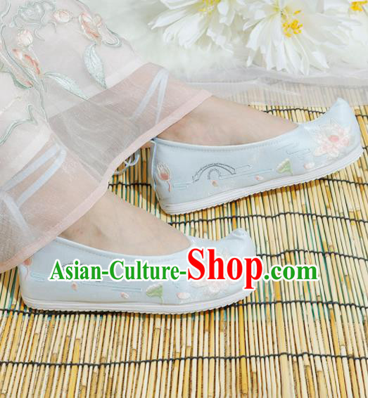 Chinese National Embroidered Lotus Light Blue Shoes Ancient Traditional Princess Shoes Hanfu Shoes for Women