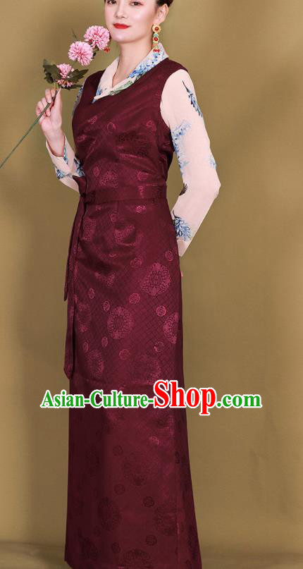 Traditional Chinese Zang Ethnic Wine Red Guozhuang Dress Tibetan Minority Folk Dance Costume for Women