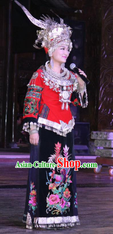 Chinese Charm Xiangxi Miao Nationality Folk Dance Black Dress Stage Performance Costume and Headpiece for Women
