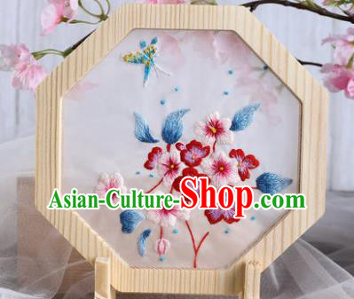 Chinese Traditional Suzhou Embroidery Plum Blossom Decoration Embroidered Craft