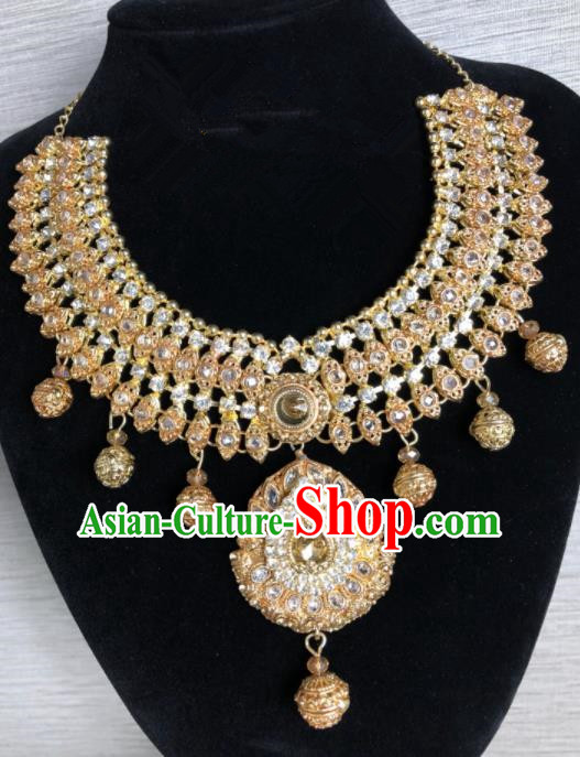 South Asia  Indian Bride Jewelry Accessories Traditional   India Hui Nationality Wedding Luxury Eyebrows Pendant for Women