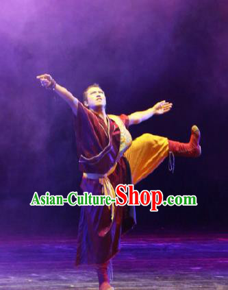 Chinese Tamrac Heaven Zang Nationality Monk Lama Clothing Stage Performance Dance Costume for Men