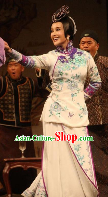 Chinese Unsurpassed Beauty Of A Generation Ancient Courtesan Sai Jinhua White Dress Stage Performance Dance Costume and Headpiece for Women