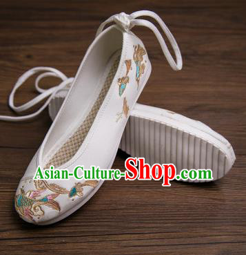 Traditional Chinese Handmade Hanfu Shoes Embroidered Carp White Shoes Cloth Shoes for Women