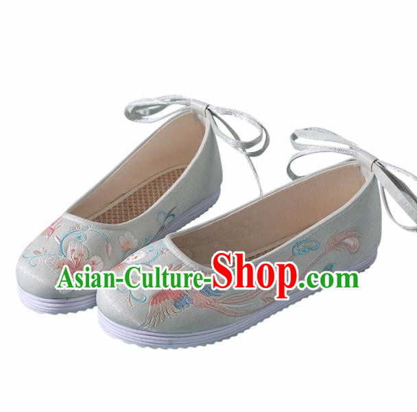 Traditional Chinese Handmade Embroidered Light Green Shoes Wedding Shoes Hanfu Shoes Princess Shoes for Women