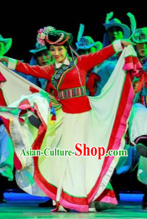Walking Marriage Chinese Mosuo Minority Dance Dress Stage Performance Dance Costume and Headpiece for Women