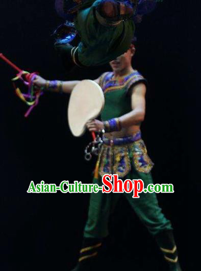 Manchu Tambourine Chinese Manchu Nationality Dance Green Clothing Stage Performance Dance Costume for Men