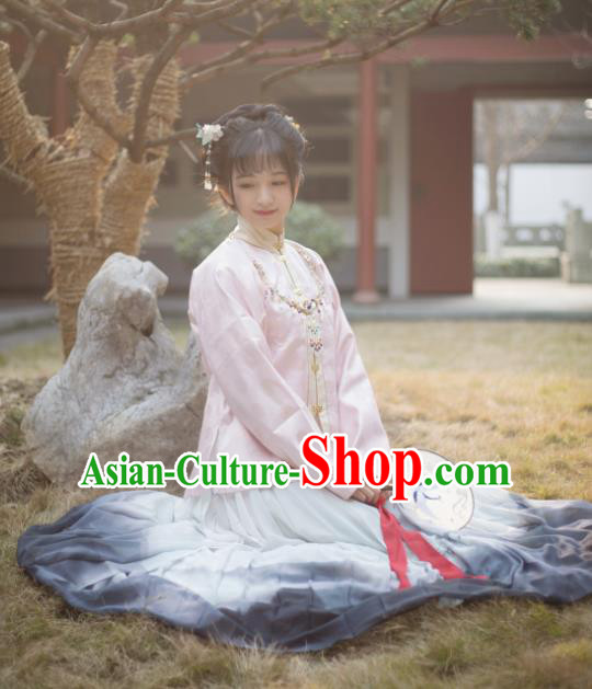 Chinese Ancient Traditional Hanfu Dress Ming Dynasty Nobility Lady Historical Costume for Women