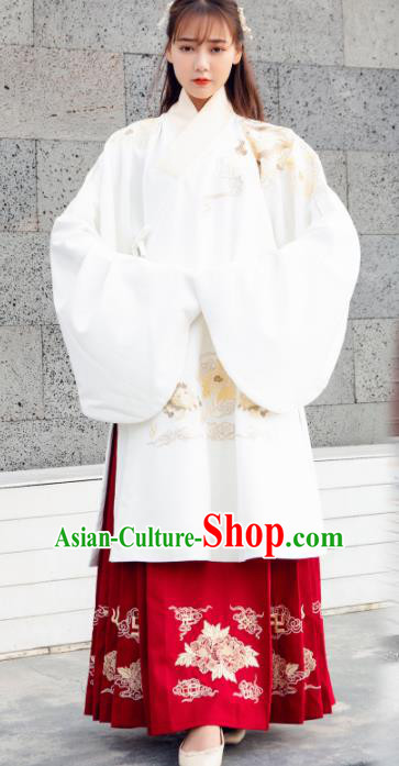 Traditional Chinese Ancient Ming Dynasty Palace Princess Embroidered Replica Costume for Women