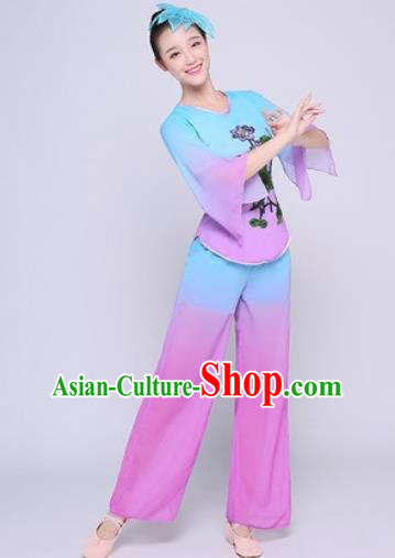 Chinese Traditional Folk Dance Fan Dance Light Purple Clothing Group Yangko Dance Costume for Women