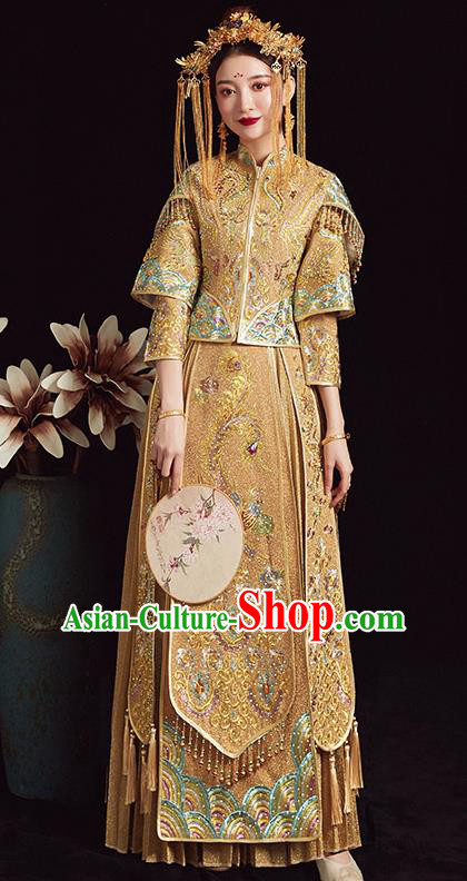 Chinese Traditional Bride Golden Xiuhe Suit Ancient Wedding Embroidered Dress for Women