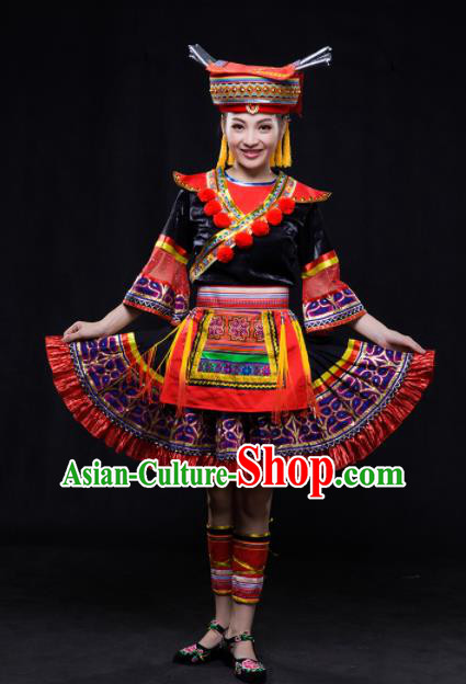 Chinese Traditional Yao Nationality Embroidered Pleated Skirt Ethnic Folk Dance Costume for Women