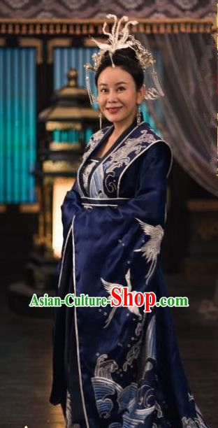 Chinese Drama Queen Dugu Ancient Northern Zhou Dynasty Empress Dowager Embroidered Historical Costume and Headpiece for Women