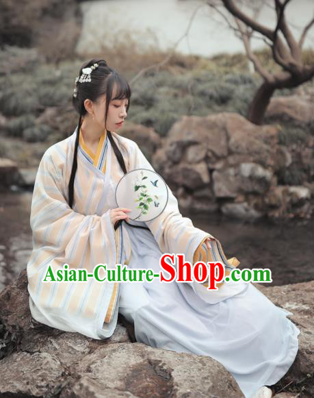 Chinese Traditional Jin Dynasty Nobility Lady Hanfu Dress Ancient Peri Embroidered Costume for Women