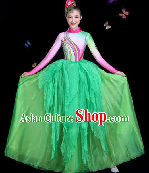Chinese Traditional Classical Dance Green Dress Umbrella Dance Group Dance Stage Performance Costume for Women