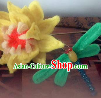 Traditional Chinese Qing Dynasty Velvet Dragonfly Lotus Hairpins Handmade Ancient Manchu Lady Hair Accessories for Women