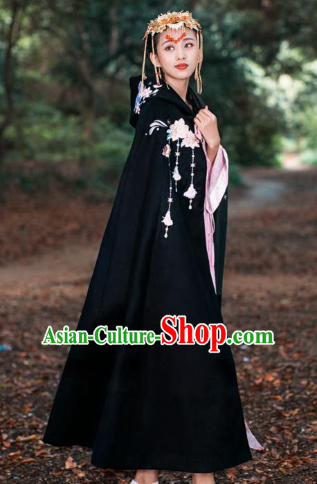 Ancient Chinese Ming Dynasty Historical Costume Traditional Palace Princess Embroidered Black Cloak for Women