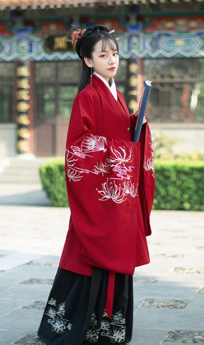Traditional Chinese Han Dynasty Wedding Hanfu Dress Ancient Court Lady Embroidered Historical Costume for Women