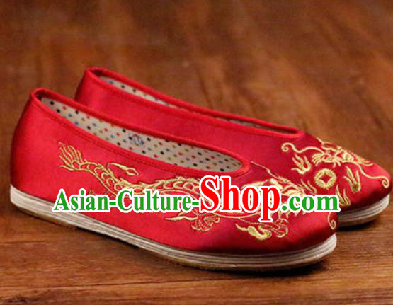 Chinese Embroidered Dragons Shoes Traditional Opera Red Satin Shoes Wedding Shoes Hanfu Princess Shoes for Women