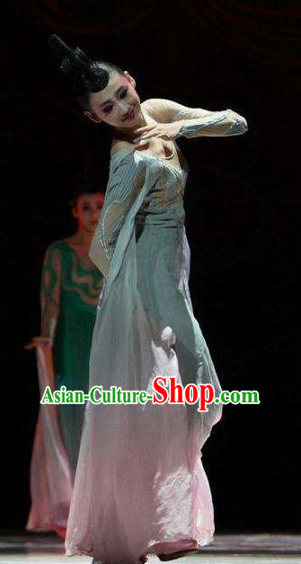 Traditional Chinese Classical Dance Tao Yao Costume Water Sleeve Dance Green Dress for Women