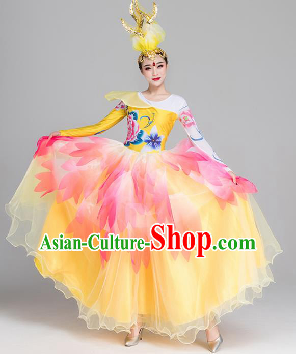 Traditional Chinese Classical Dance Chorus Yellow Dress Stage Show Opening Dance Costume for Women