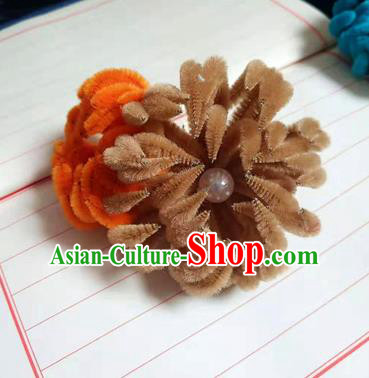 Chinese Ancient Court Brown and Orange Velvet Chrysanthemum Hairpins Traditional Hanfu Handmade Hair Accessories for Women